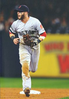 Dustin Pedroia Maybe someday I can play like this man right here Mlb Red Sox, Red Sox Baseball, Baseball Players, Boston Sports, Boston Red Sox, Mlb American League, Dustin Pedroia, Red Sox Nation, Sports Figures