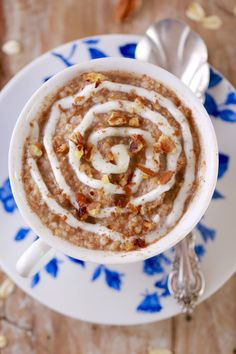 Cinnamon Roll Oatmeal in a Mug