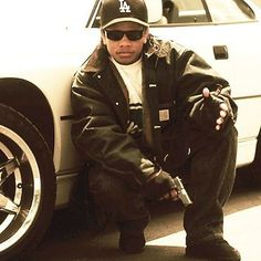 Eazy-E Chris Brown Art, Person Drawing, Straight Outta Compton, R&b Artists, The Godfather, Swag Outfits, 90s Fashion, My Music, Old School