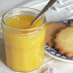Crème au citron # 10 cl de jus de citron soit 2 ou 3 citrons jaunes #  1 cc de Maïzena # 60g de sucre roux # 1 œuf