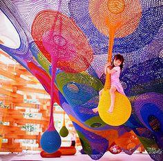 Crochet Playground at Hakone Sculpture Park in Sapporo, Japan ~ by Toshiko Horiuchi MacAdam Yarn Bombing, Sapporo, Guerilla Knitting, Web Japan, Tokyo Japan, Cool Playgrounds, Instalation Art, Urbane Kunst, Japanese Crochet