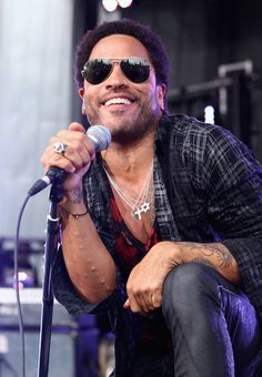 """Lenny Kravitz Photos Photos - American singer, Lenny Kravitz performs for fans live on the """"TODAY"""" show at Federation Square on March 16, 2012 in Melbourne, Australia. - Lenny Kravitz Performs In Fed Square"""
