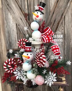 Christmas Decorations Australian, Outside Christmas Decorations, Christmas Mesh Wreaths, Snowman Decorations, Gingerbread Christmas Decor, Christmas Crafts, Diy Crafts For Boyfriend, Holiday Centerpieces, All Things Christmas