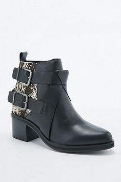 Senso Nial II Black and Snake Pony Buckle Boots