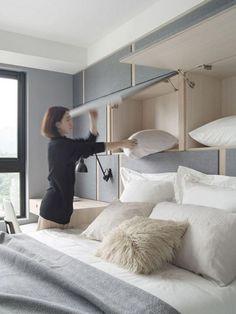 Unique Home Office Desks Ideas Small Spaces Bedroom Decoornet 48 Stunning Cozy Bedroom Storage Ideas For Small Space Decoor Cozy Small Bedrooms, Small Bedroom Storage, Small Space Bedroom, Small Space Storage, Cozy Bedroom, Small Rooms, Small Apartments, Bedroom Apartment, Home Decor Bedroom