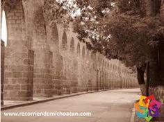 RECORRIENDO MICHOACÁN. El Acueducto  de Morelia en 1997 fue sometido a una restauración integral y posteriormente se le colocó iluminación escénica. Es un importante atractivo turístico de la ciudad y se ha convertido en un icono arquitectónico de Morelia. HOTEL VILLAMONTAÑA http://www.villamontaña.com.mx
