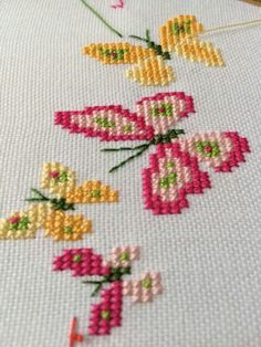 A butterfly motif I cross-stitched from the Stamped Goods sampler, found in Better Homes & Gardens Beautiful Cross Stitch book. Butterfly Cross Stitch, Cross Stitch Bird, Cross Stitch Borders, Cross Stitch Animals, Cross Stitch Flowers, Cross Stitch Designs, Cross Stitching, Cross Stitch Embroidery, Embroidery Patterns