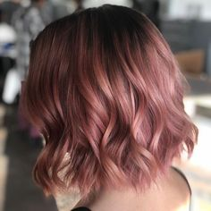 Hair Dye Colors, Ombre Hair Color, Rose Gold Hair Colour, Cabelo Rose Gold, Brown Ombre Hair, Brown And Pink Hair, Dye My Hair, Hair Highlights, Rose Gold Highlights