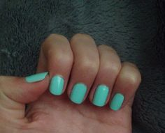 Mint green nails are a must for spring ! Not sure what  exact color this one is because it was my friends but Sally Hansen - Mint Sorbet is an amazing mint green and so affordable !