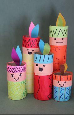 Índios feitos com rolinhos de papel