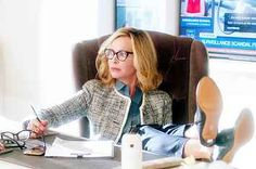 "11 Times Cat Grant Was The Feminist Superhero Of ""Supergirl"" Supergirl Outfit, Supergirl 2015, Supergirl And Flash, Calista Flockhart Supergirl, Supergirl Cat Grant, Kara And Winn, Supergirl Crossover, Granted Quotes, Ally Mcbeal"