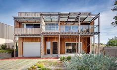 Goolwa Beach House.    http://www.houzz.com/au/photos/21886926/goolwa-beach-house-contemporary-exterior-other-metro