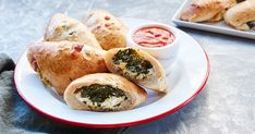 Mini Spinach-Ricotta Calzones #purewow #food #recipe #cooking #comfort #appetizer