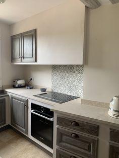 #atelierspoivredane #surmesure #provence #carocim Decor, Home, Kitchen Cabinets, Cabinet, Kitchen