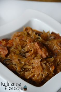 Bigos z kiszonej kapusty i grzybami Polish Bigos Recipe, Polish Recipes, Soup Recipes, Dinner Recipes, Cooking Recipes, Healthy Recipes, My Favorite Food, Favorite Recipes, Thanksgiving Potluck