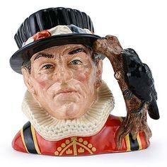 Royal Doulton Character Jug Large, Yeoman of the Guard Higbe D6884