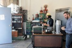 Handsome Coffe Roasters / Los Angeles