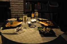 How To Create a Romantic Dinner Date at Home: Shopping List and Tips Date night idea at home! Add Netflix into the picture and Romantic Home Dates, Romantic Date Night Ideas, Romantic Dinners, Date Night Dinners, Date Dinner, Romantic Surprises For Him, Good Living Room Colors, At Home Date Nights, Diy Dining Table