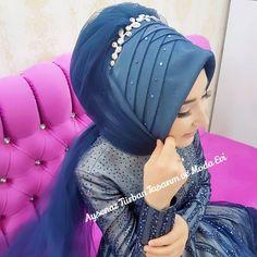 """Instagram'da Tesettür Gelinbaşı & Gelinlik (@aysenazturbantasarim): """"#aysenazgeliniolmakayricaliktir #tesetturgelinbasi #ankarakuafor #ankaraturbantasarim #ankaragelin…"""" Pierre Cardin, Moda Emo, Piercings, Hijab Bride, Scarf Styles, Hijab Styles, Turban Style, Ootd, Hijab Fashion"""