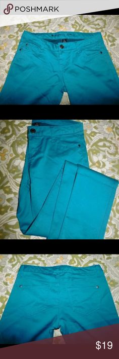 Celebrity Pink turquoise jeans Worn once its skinny but not to tight still comfy and stylish at the same time. No stains, tears or rips                😌BUNDLE😌 Its all about saving😝 Celebrity Pink Jeans Skinny