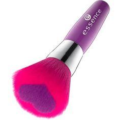 like an unforgettable kiss - blush brush 01 dear valentine! - essence cosmetics