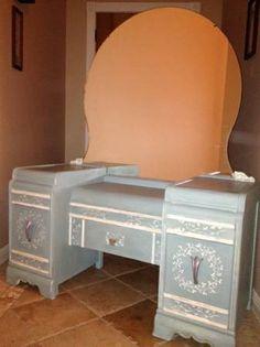 beautiful vintage waterfall vanity Antique Vanity, Vintage Vanity, Painted Chairs, Painted Furniture, Vanity Desk, Vanity Tables, Bedroom Furniture, Furniture Ideas, Round Mirrors