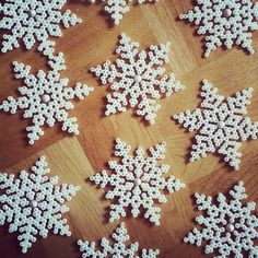 hama perler bead snowflakes: ornaments, gift wrapping, christmas cards