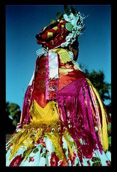 From Doroszló, NHA Néprajzi Múzeum   Online Gyűjtemények - Etnológiai Archívum, Diapozitív-gyűjtemény Hungarian Embroidery, Cultural Experience, Traditional Clothes, Folk Costume, Folklore, Hungary, Creative Art, Embroidery Patterns, Ethnic