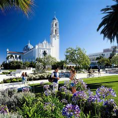 University of San Diego. Not sure why it is on pinterest, but what a great place!