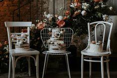 Vanda & Edmond - Rusztikusan elegáns esküvő a Budai Várnegyedben Wedding Decorations, Table Decorations, Real Weddings, Chair, Furniture, Cakes, Couples, Home Decor, Decoration Home