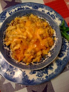 Cheeseburger Mac and Cheese - Looks better than Hamburger Helper! Think I'll be trying this!