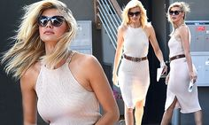Baywatch's Kelly Rohrbach shows off her hourglass curves