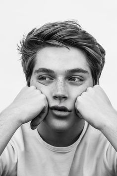 Discovered by Ella. Find images and videos about boy, guy and froy gutierrez on We Heart It - the app to get lost in what you love. Froy Gutierrez, Beautiful Boys, Pretty Boys, Art Beauté, Face Reference, Drawing People, Handsome Boys, Teen Wolf, Cute Guys
