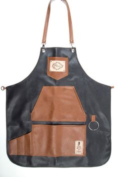 Classy high quality waterproof apron exclusive designed for bartenders. Cut from chest to mid-thigh, easy to clean and very comfortable. Pockets are