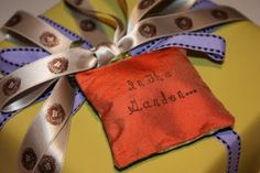 Great lessons in perfect gift wrapping!!