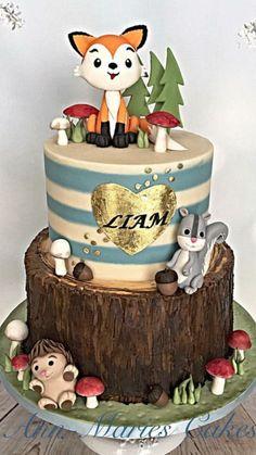 Baby Liams woodland cake