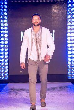 jabador kaftan men morroco Style Caftan, Morrocan Fashion, Kaftan Men, Fashion 101, Mens Fashion, Style Oriental, Moroccan Caftan, Traditional Fashion, Muslim Fashion