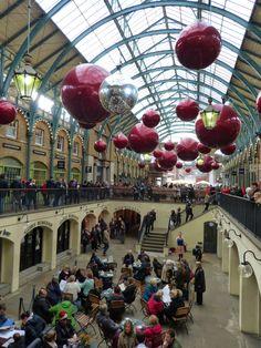 Rompiballe On The Road #coventgarden #christmas #xmastree #paddington #paddingtontrail #london #londra #londontour #visitlondon #viaggi #travel