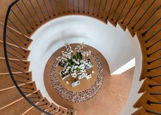 Even the view going up the spiral staircase in Cindy Crawford's home is stunning!