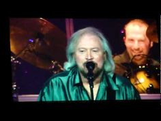 Barry Gibb singing with his niece (Maurice's daughter) in a Florida Concert -2012