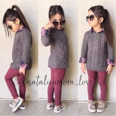 "⠀⠀⠀⠀Natalie ❃ Amora ❃ Love on Instagram: ""Sweaters and sperrys Super cute and comfy #ootd Tap pic for outfit deets☺️"""