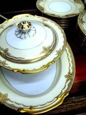 CHINA or DINNERWARE PATTERNS: Patterns & Designs on Chinaware, Teapots, Coffee Sets, Cups & Saucers