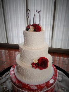 Holiday Wedding Cake - Red and Scroll