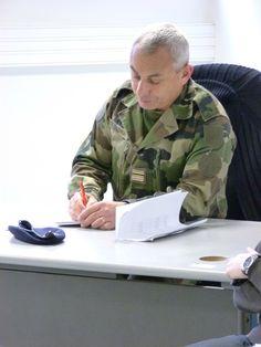 Jeudi 4 avril 2013, 14 étudiants de l'EDJ ont passé une journée à l'école militaire de Draguignan. Ils ont interviewé des capitaines pour une opération spéciale : l'exercice Tesson. Objectif de cette journée : améliorer la communication entre les militaires et les journalistes.