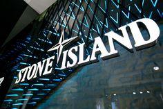 Stone Island Torino_ Piazza San Carlo 167