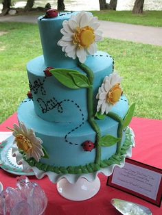 Daisy Ladybug Cake