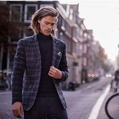 Home - Webshop Blue Brands Den Bosch Man Bun, Human Anatomy, Hair Cuts, Mens Fashion, Actors, Blazer, Long Hair Styles, Hairstyle Ideas, Hairstyles