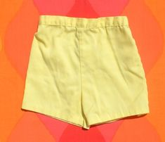 vintage 70s kid's shorts CAMP yellow elastic pastel preppy 4T 4 toddler Yellow Shorts, Vintage Shorts, Kids Shorts, Vintage 70s, Vintage Children, Preppy, Boy Or Girl, Casual Shorts, Short Dresses