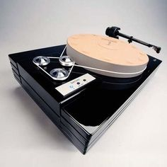 Music Hall MMF-11 Turntable