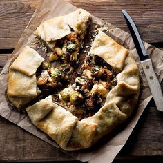 Brussel Sprouts, Bacon, & Apple Galette. Find this #recipe and 40+ more savory tart recipes on our Savory Tarts, Galettes, & Pies Feed at https://feedfeed.info/savorypastry #feedfeed